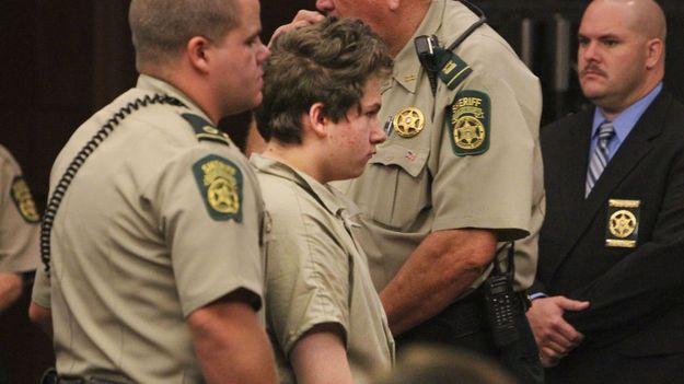 16-летний юноша убил собственную прабабушку за то, что она запрещала ему играть в видеоигры