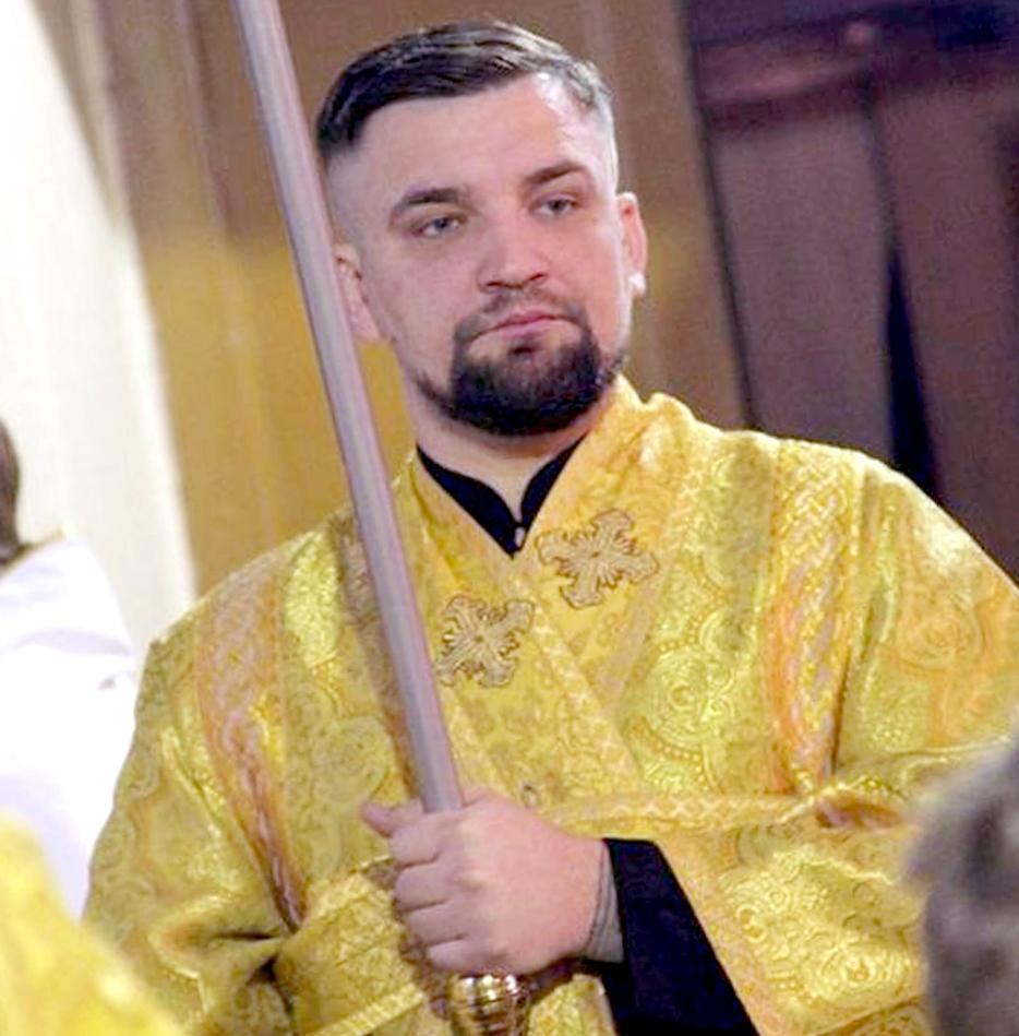 Баста отслужил литургию вхраме под Петербургом