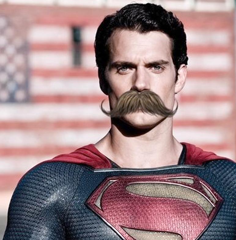 Профессионалы Warner Bros. при помощи компьютеров «сбривают» усы Супермену
