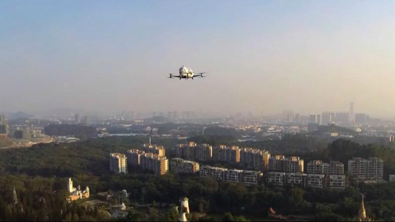 Размещено видео испытаний беспилотного такси вКитайской народной республике