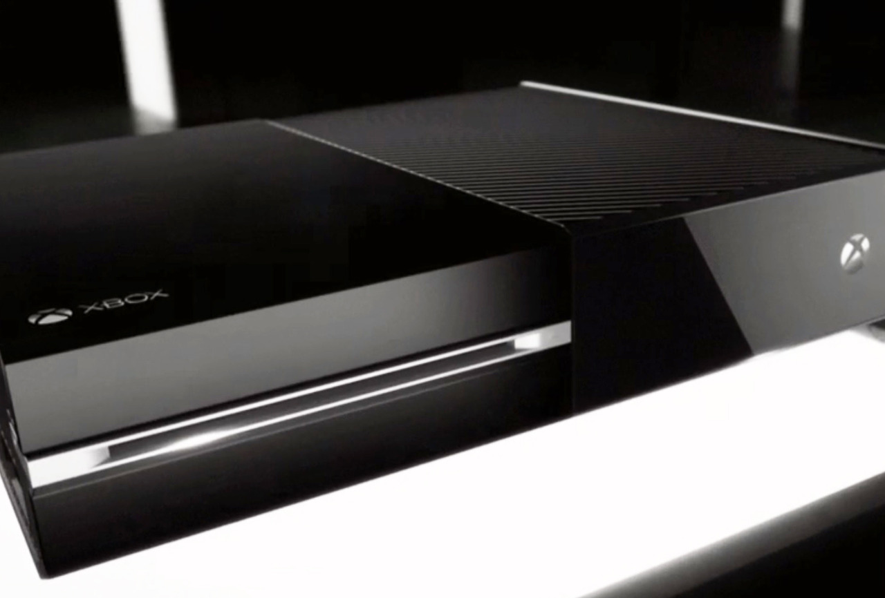 Компания Microsoft хотела убить распространение игр в коробках, но не смогла объяснить свою идею публике