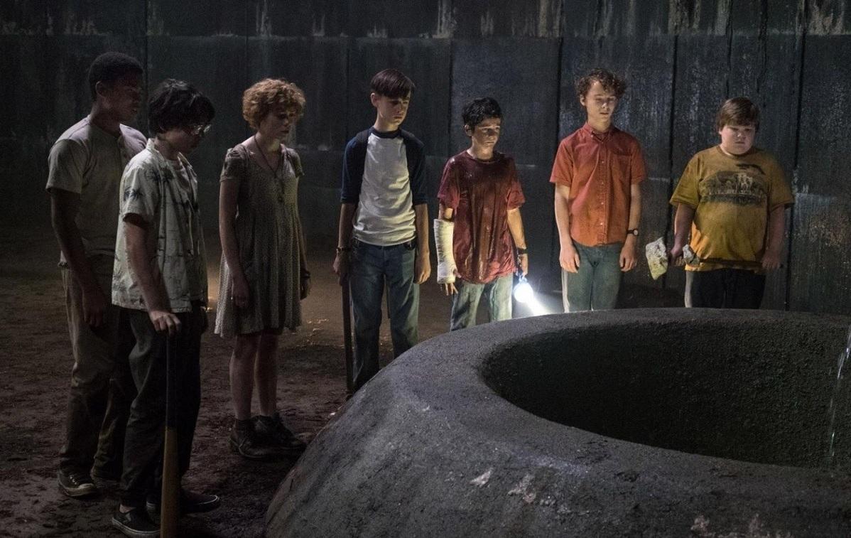 В подмосковной школе вместо урока русского языка показали фильм ужасов «Оно»