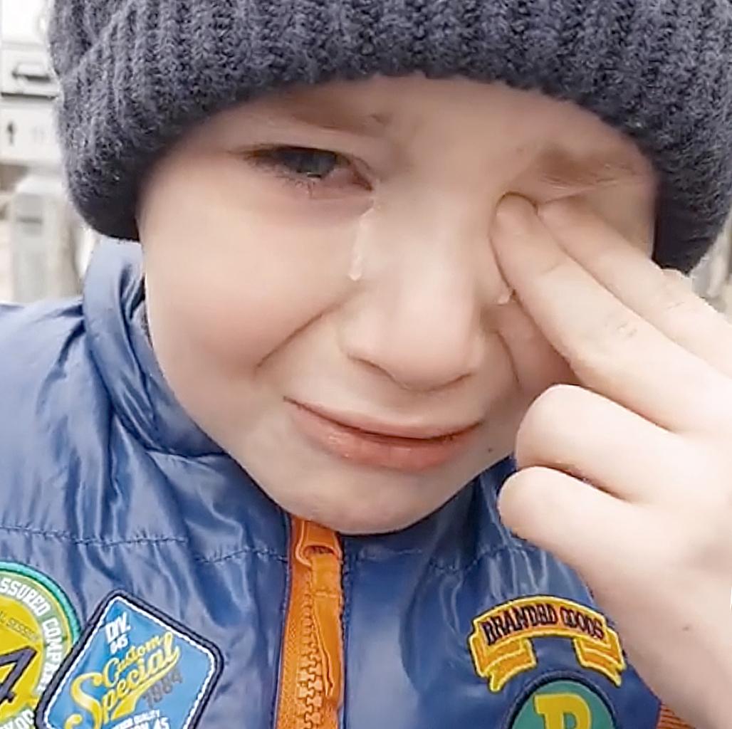 Школьник изКраснодара разревелся навидео— Нехочу каникулы