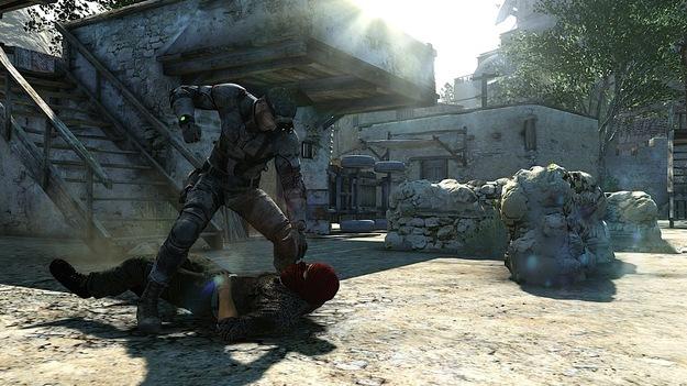 Ubisoft продемонстрировала, что самолет из коллекционного издания игры Splinter Cell: Blacklist может парить!