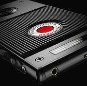 Стало известно, каким будет голографический экран смартфона RED за 1200 долларов