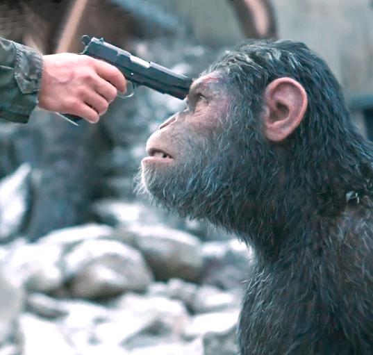 Обезьяны воюют верхом налошадях втрейлере «Войны планеты обезьян»