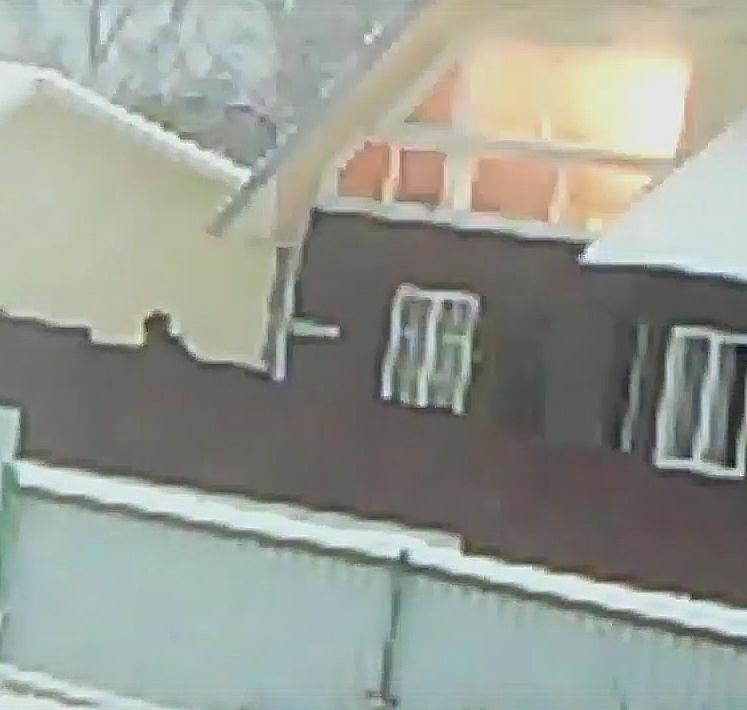 Шумная смерть молодых людей в Российской Федерации: появилось видео соштурмом ихдома