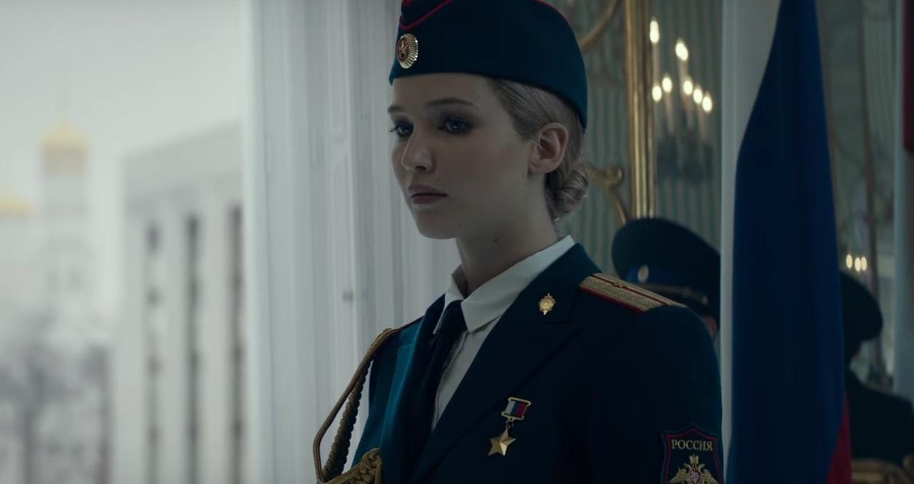 Дженнифер Лоуренс работает наФСБ проституткой вновом трейлере фильма «Красный воробей»