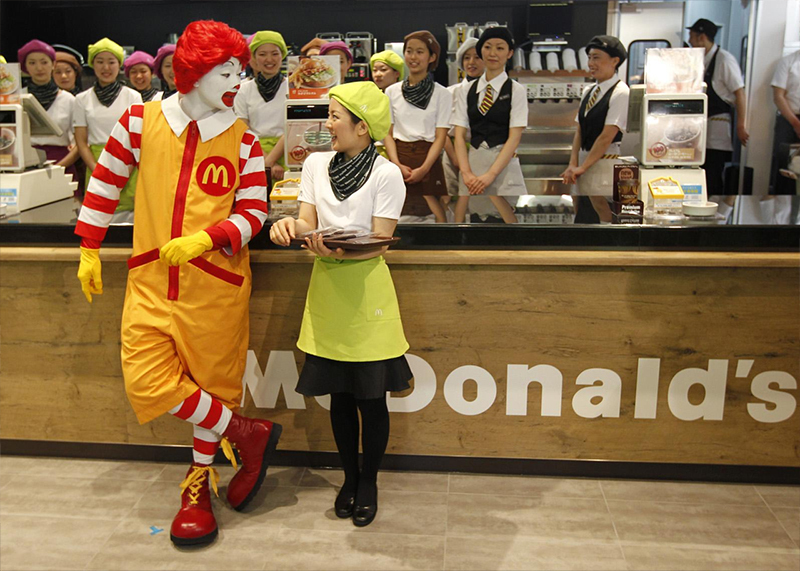 problem in service of mcdonald Former mcdonalds workers filed a lawsuit that could put more responsibility on national restaurant chains for customer service stay connected business.