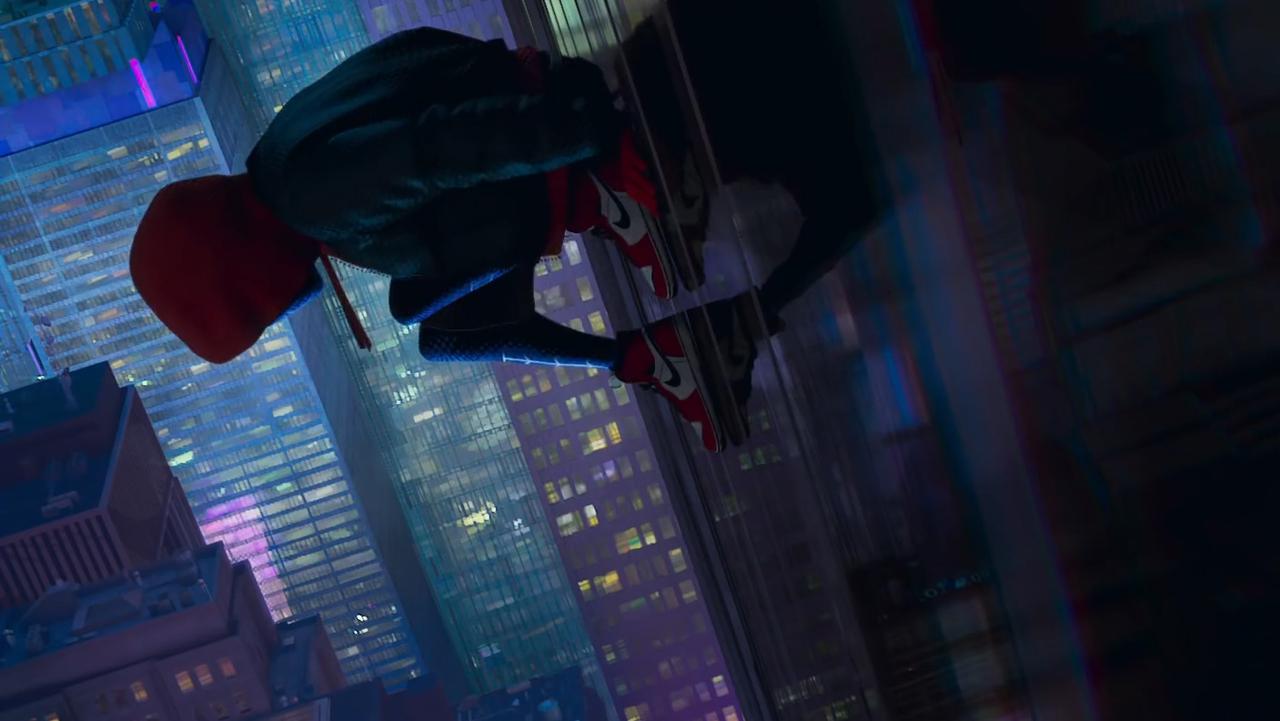Как связан «Человек-паук: Через вселенные» скиновселенной Marvel