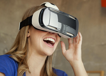 Фото «Самсунг» Gear VR